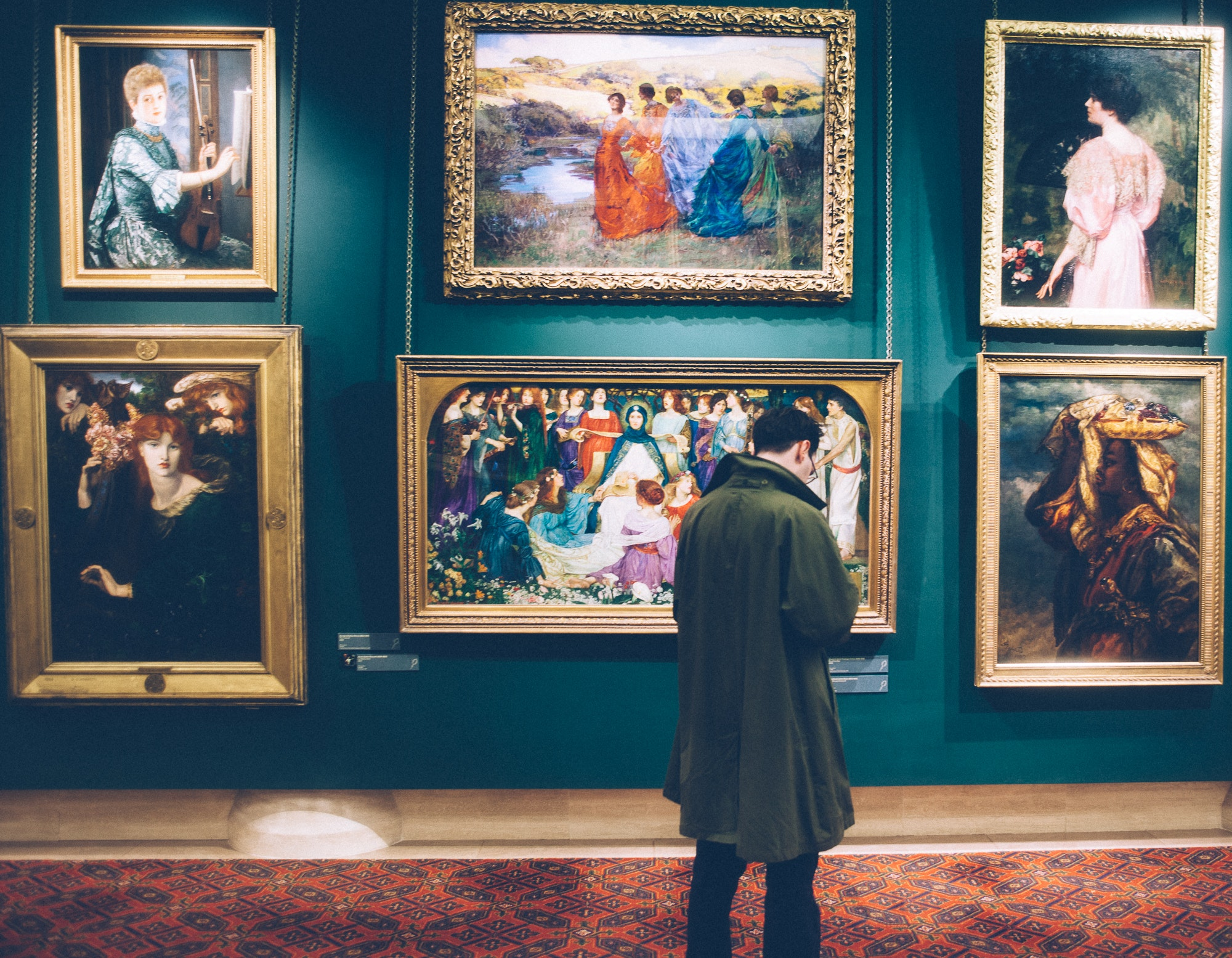 5 free online courses for museum workers